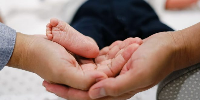 8 Tahun Pernikahan, Ini Kisah Pejuang Dua Garis Lewat Bayi Tabung